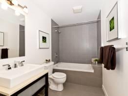 Найпопулярніші форми дзеркал для ванної кімнати